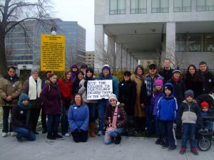 Marchers with our Pocono Chapter pause for a group photo.