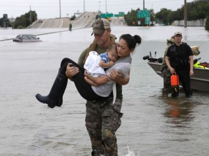 hurricane-harvey-rescue-3-ap-jt-170827_4x3_992